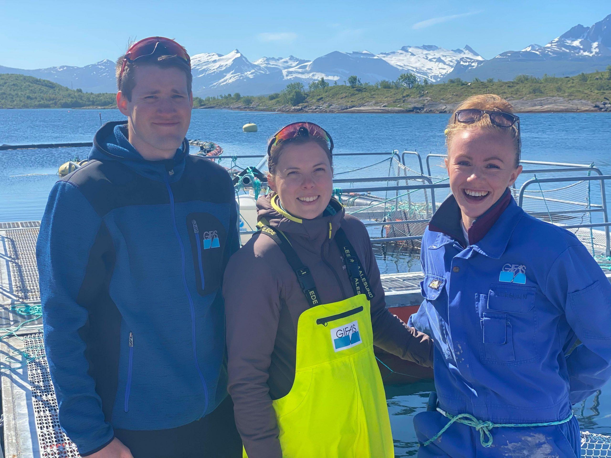 Martin Kvalnes, Oda Bjørklund og Hildegunn Brudevik begynte på småskalaavdelingen i Gifas våren 2020. (Foto: Johanna Amundsen)